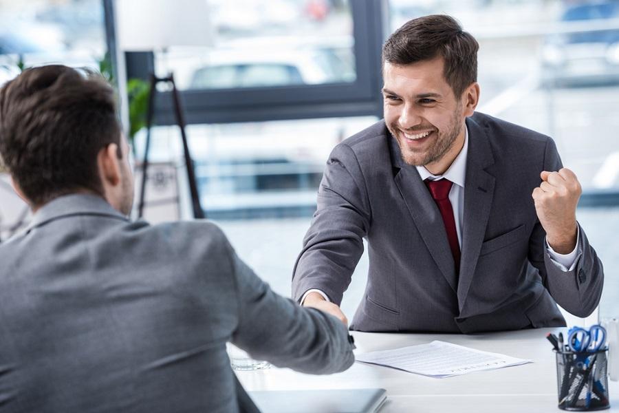 İş görüşmelerini lehine çevirmek senin elinde!