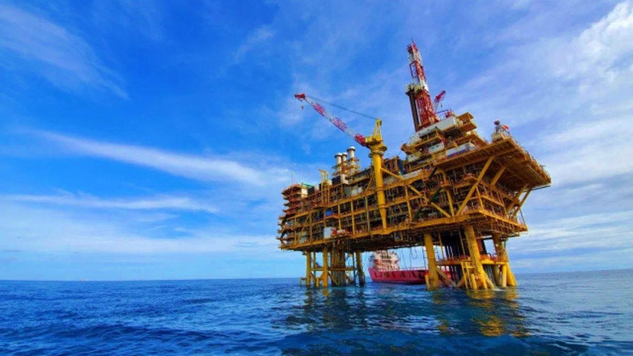 ABD Çin'den İran petrolü ithalatını azaltmasını istedi