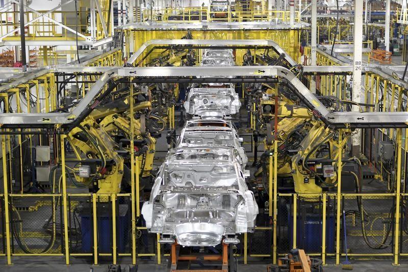 ABD'de otomobil hariç dayanıklı mal siparişleri 3 ayın en iyi yükselişini gösterdi