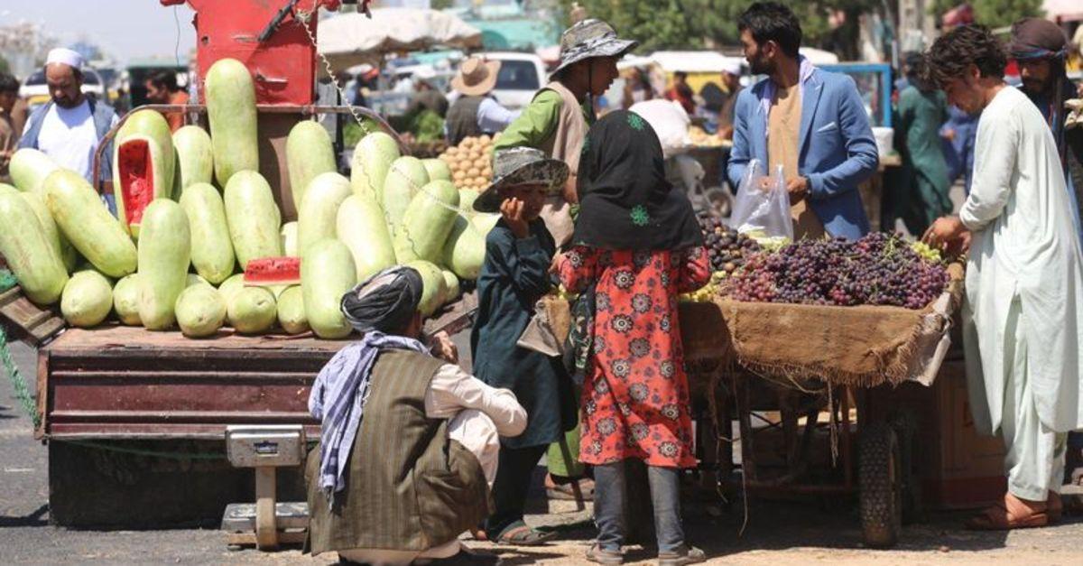 Afganistan ekonomisi çöküşün eşiğinde