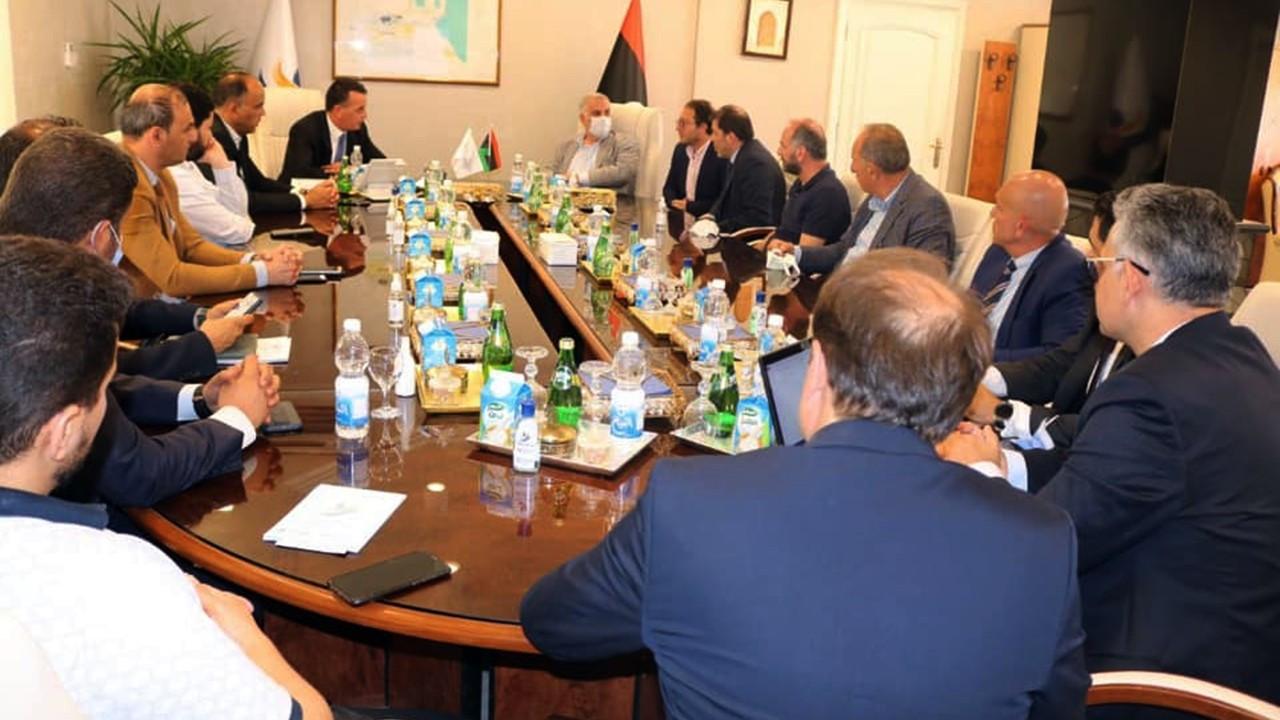 Albayrak, Libya'da serbest bölge için görüştü