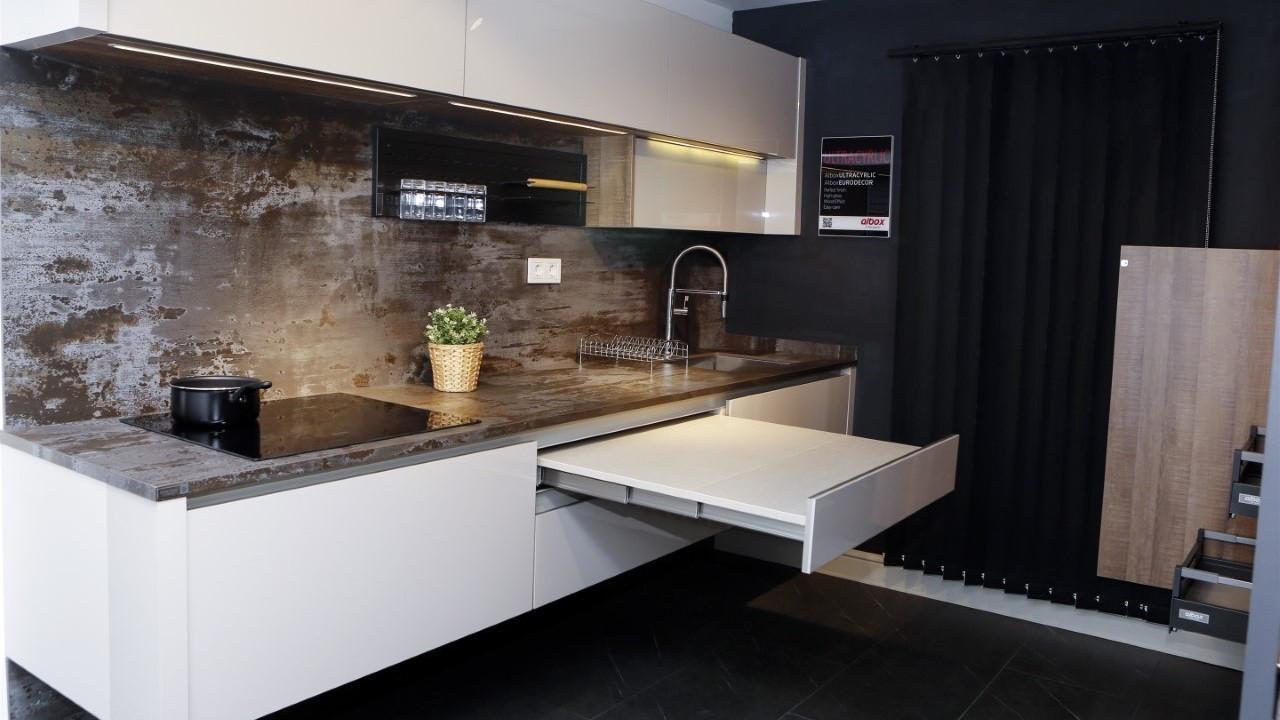 Albox, erkeklere özel mutfak üretimine başladı