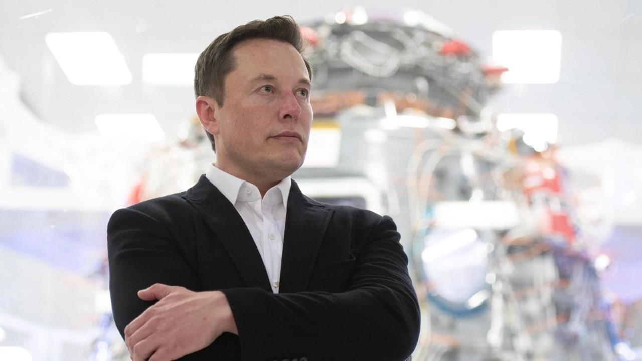 """""""Araçlar casusluk için kullanılırsa Tesla kapatılır"""""""