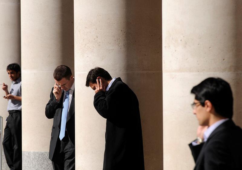 Birleşik Krallık piyasaları kapanışta yükseldi; Investing.com Birleşik Krallık 100 1,26% değer kazandı