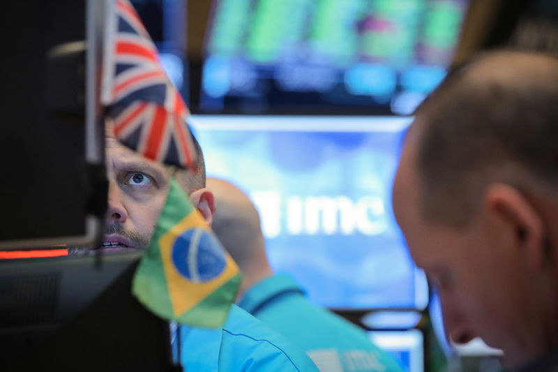 Brezilya piyasaları kapanışta yükseldi; Bovespa 1,59% değer kazandı