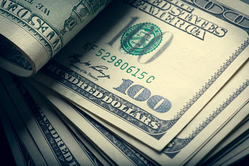 Bugün dolar küresel piyasalarda düşüşte, altın ve petrol ise güçlü
