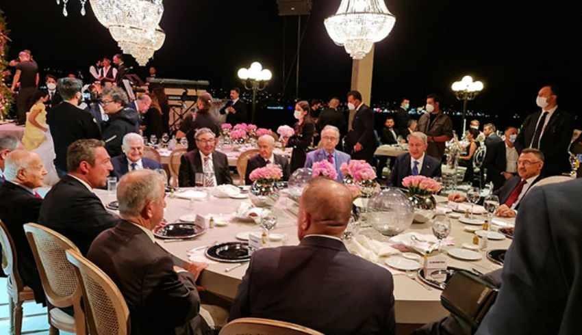 Celal Adan'ın oğlunun Çırağan Sarayı'ndaki düğününe hangi patronlar katıldı?