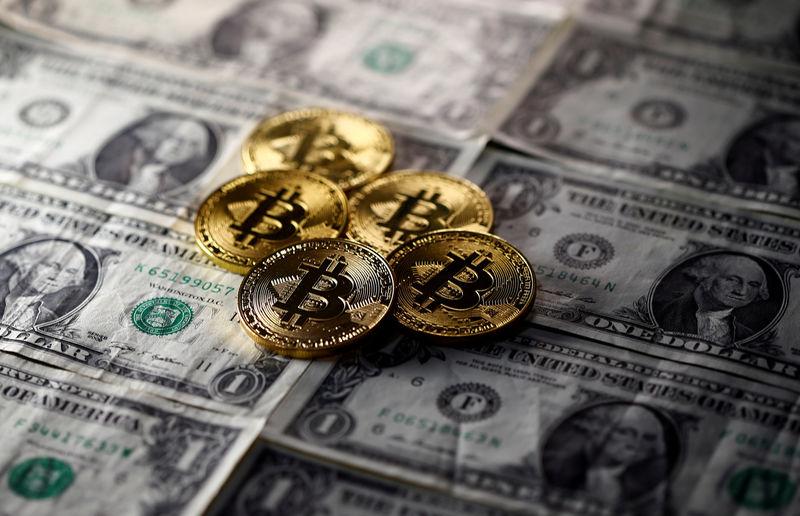 El Salvador'un Bitcoin alımı ile BTC'nin piyasa değeri 1 trilyon dolara yaklaştı