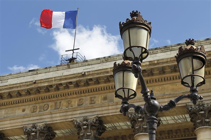 Fransa piyasaları kapanışta yükseldi; CAC 40 0,84% değer kazandı