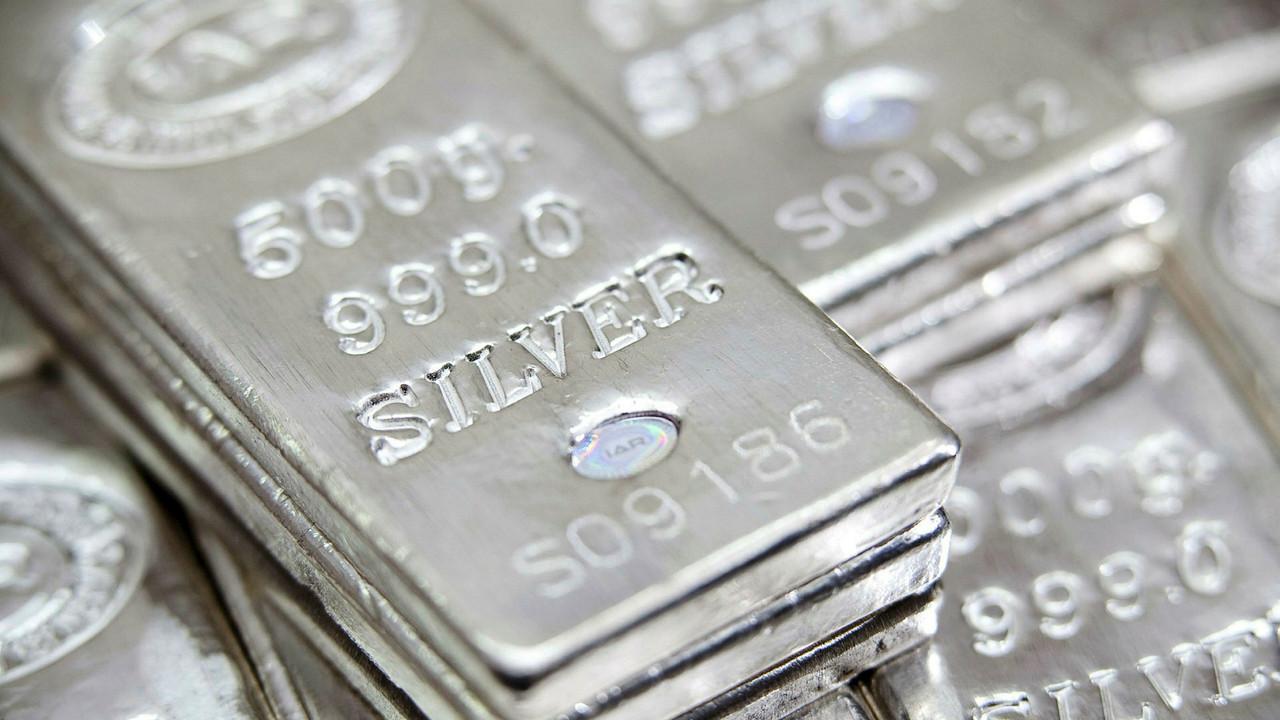 Gümüşün inziva günleri sona mı eriyor?