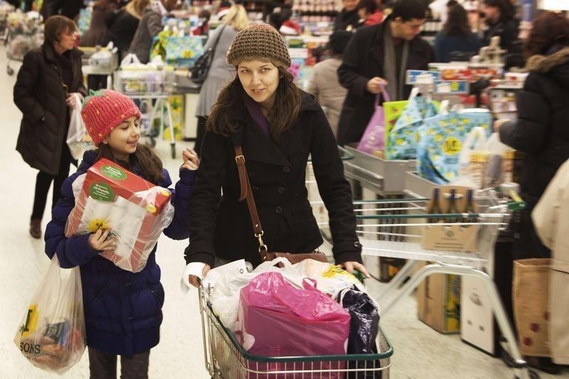 Gün Öncesi: Kişisel gelir, kişisel harcama, tüketici hissiyat verileri