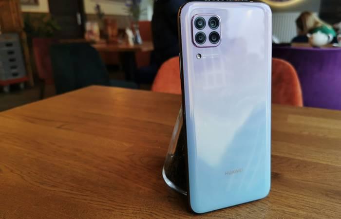 Huawei P40 serisi Türkiye'de satışa sunuldu