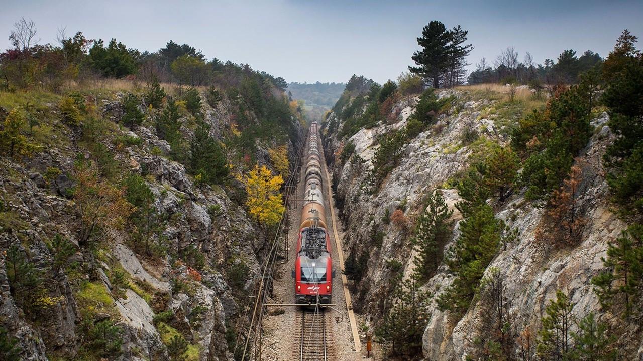 Yapı Merkezi, Slovenya'da demir yolu ihalesi kazandı
