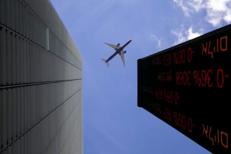 İsrail piyasaları kapanışta yükseldi; TA 35 0,54% değer kazandı