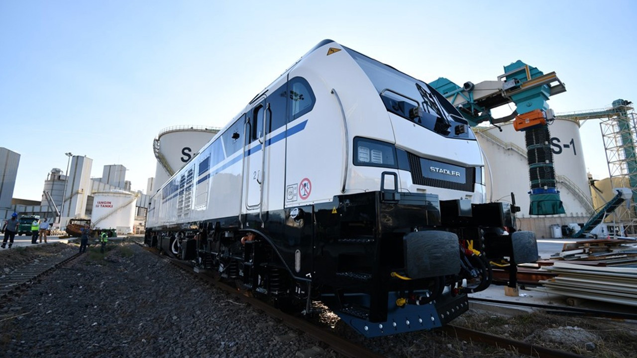 Körfez Ulaştırma, ilk hibrit lokomotifleri teslim aldı