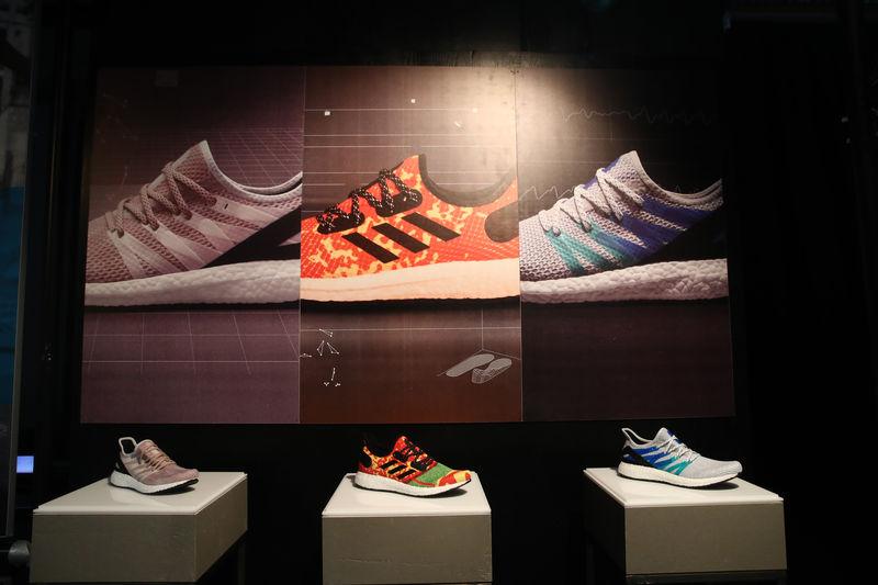 Nike kazanç raporundaki zayıflık Adidas, Puma ve JD Sports'u da aşağı çekti