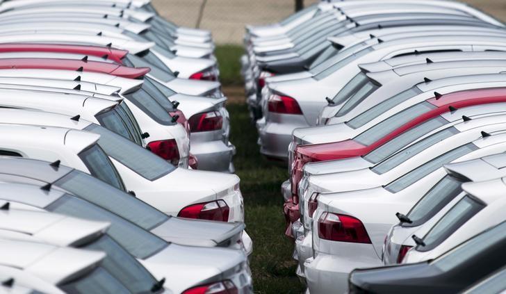 Otomobil ve hafif ticari araç satışları Eylül'de geçen yıla göre %36,9 azaldı