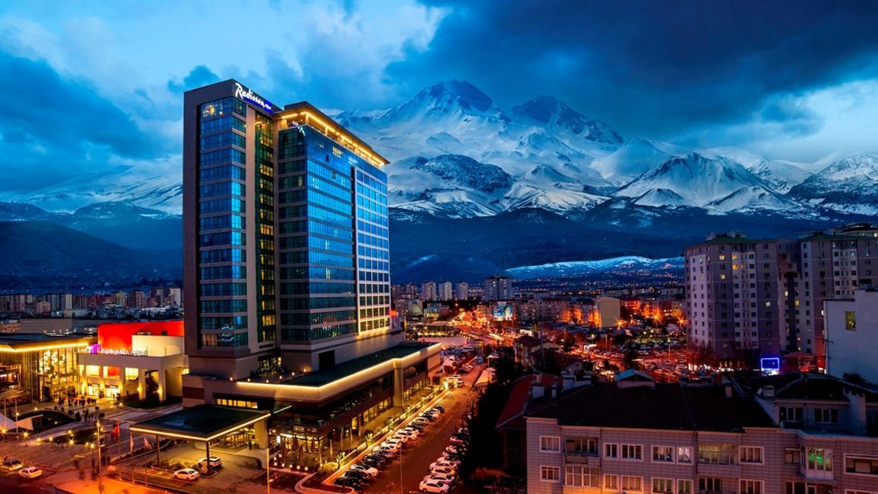 Radisson Blu Hotel Kayseri, yarıyıl tatili için 'Kayak Paketi' hazırladı
