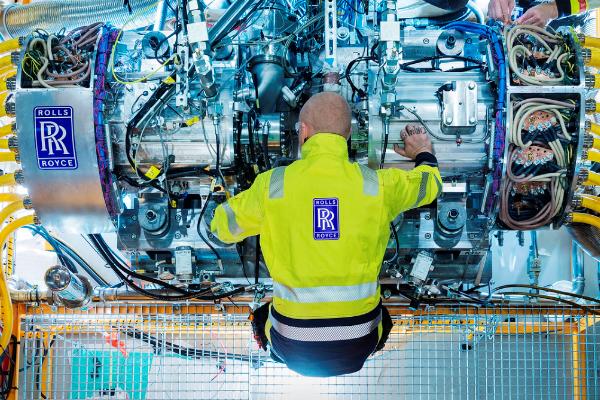 Rolls-Royce'un jeneratörü, hibrit-elektrikli tahrik sistemi için teslim edildi