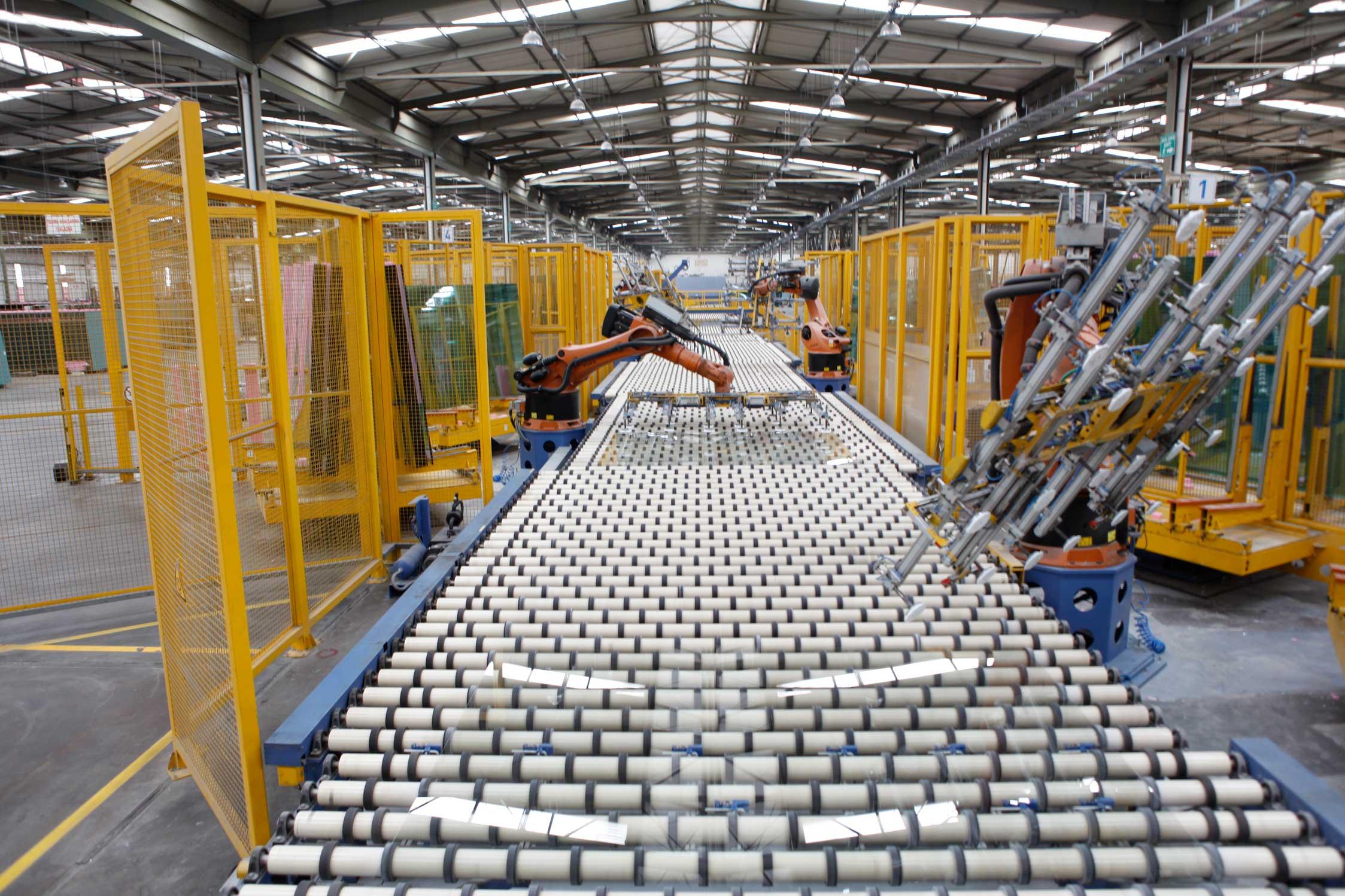 Şişecam'ın ilk çeyrekteki net satışları 5,7 milyar TL