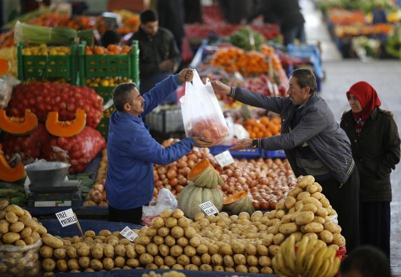 Tüketicinin ekonomiye olan güveni Eylül'de arttı