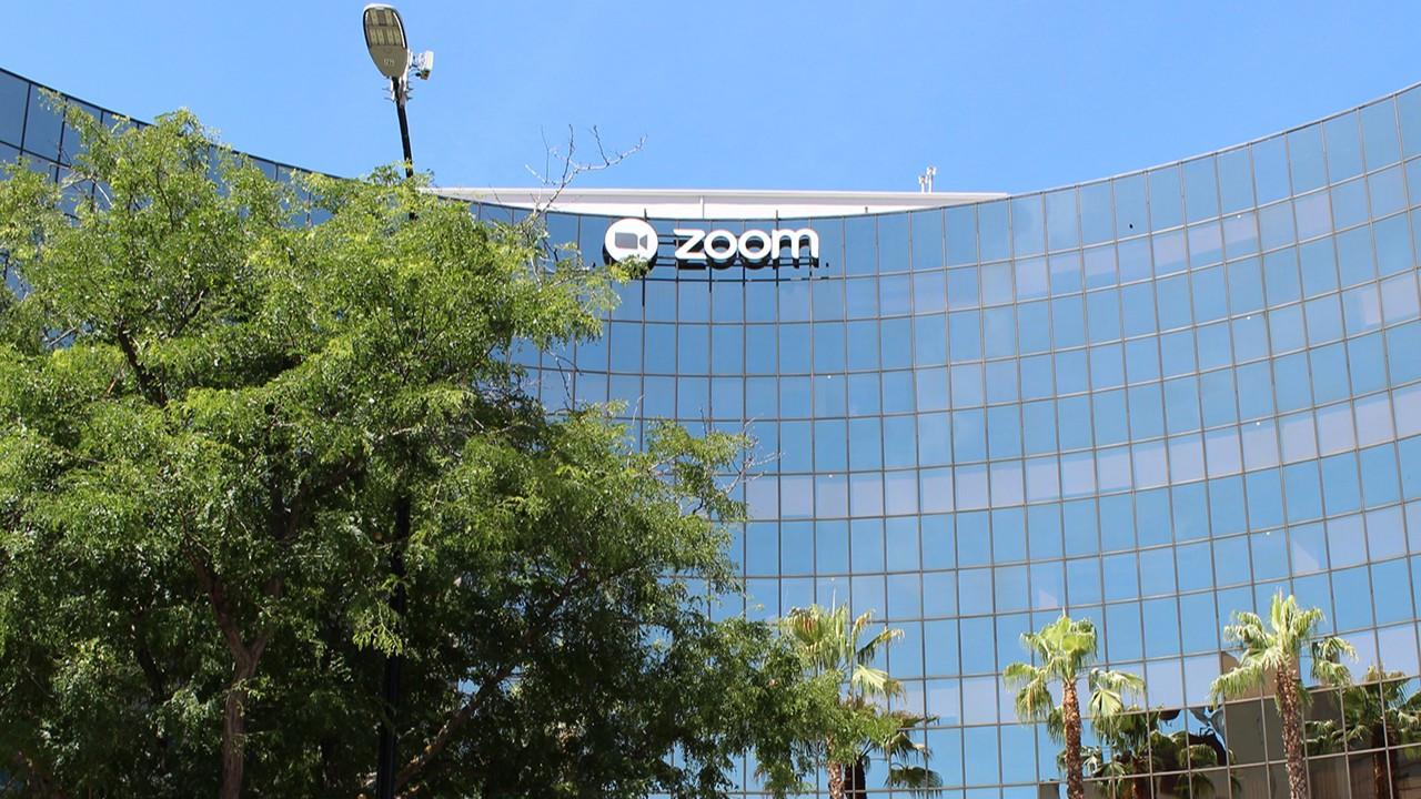 Zoom, IPO'sunun 10 katı değerinde hisse satacak